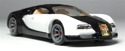 Hot wheels 2006 bugatti veyron very rare collectible free protector moc!. Car Lamley Group: Model of the Day: Hot Wheels Speed Machines Bugatti Veyron...
