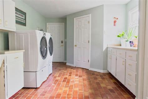 quick easy laundry room makeover with paint colors color concierge