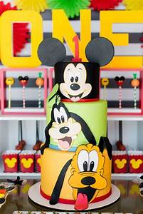 Mickey & Friends Birthday Party | Mickey cakes, Mickey ...