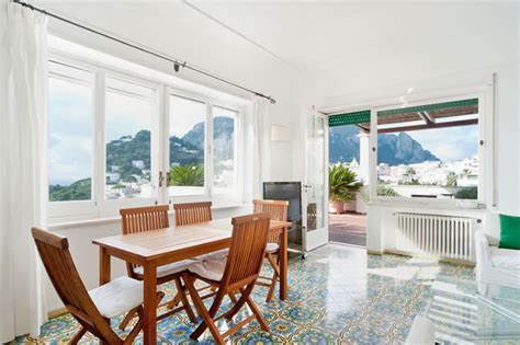 Apartment attic for rent in Capri Italy