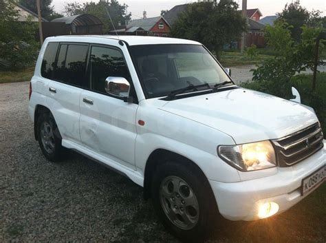 mitsubishi pajero io 2001 mitsubishi pajero io pictures information and