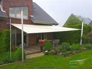 Terrasse Tiefer Als Garten : sonnensegel in manuell aufrollbar ber einer terrasse als gro fl chiger regen und ~ Orissabook.com Haus und Dekorationen