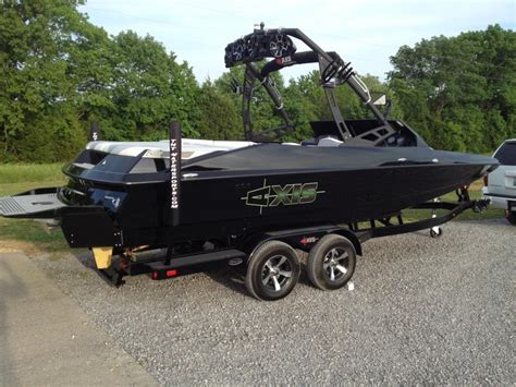 New Axis Boats by Our New Axis A22 Boats Accessories Tow Vehicles