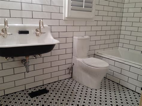 Great Ideas Of Ceramic Tile Patterns For Bathroom