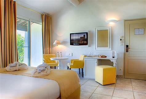 hotel chambres communicantes hotel de luxe 5 étoiles en camargue aux saintes maries