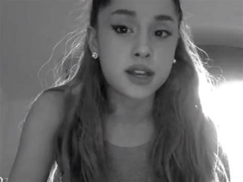 Последние твиты от ariana grande (@arianagrande). Ariana Grande Reveals Her Terrifying Levels Of PTSD By ...