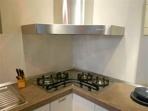 Cucina Con Piano Cottura Ad Angolo - Design Per La Casa Moderna ...