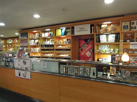 Modernista - Art shop - Prague.eu
