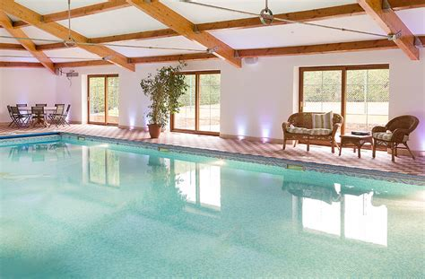 holiday cottages  indoor pools classic cottages