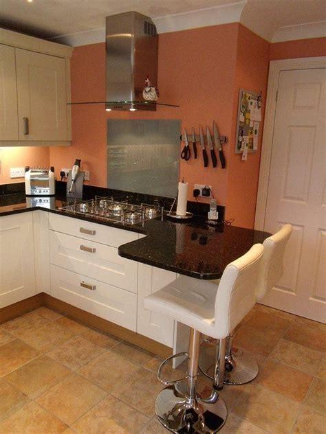 Kitchen Breakfast Bar Storage by Small 2 Person Breakfast Bar Kitchen Ideas In 2019