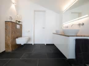 badezimmer mit naturstein natursteinfliesen im bad