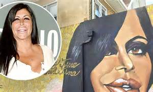 big ang mural staten island big ang s hometown of staten island honors memory with