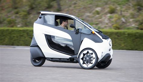 Toyota Car : Toyota I-road Concept Review