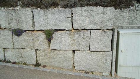 Stützmauer  Linde Gartenbau Ag