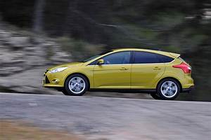 Ford Focus 1 : ford focus 1 litre ecoboost uk car of the year awards ~ Melissatoandfro.com Idées de Décoration
