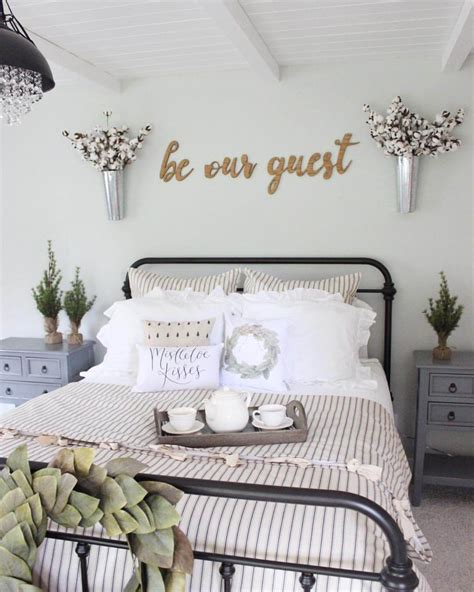 Modern Wall Decor Ideas For Bedroom by 39 Best Farmhouse Bedroom Design And Decor Ideas For 2019