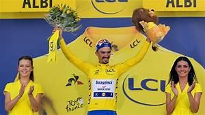 Flipboard: Rookie van Aert wins 10th stage of Tour de France