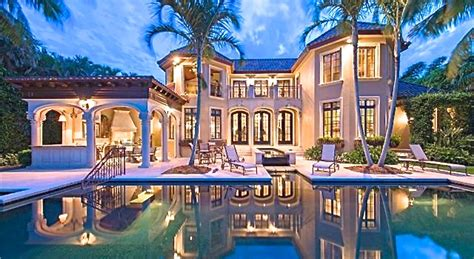 Shakira's Miami Beach Mansion Still On Sale