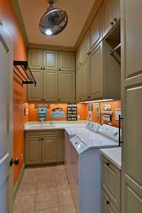 Best 25 narrow laundry rooms ideas on pinterest laundry for Suggested ideas for laundry room design