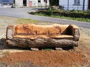 Canape De Jardin En Bois : 11 id es fraiches pour la d coration de votre jardin avec b ches de bois ~ Dallasstarsshop.com Idées de Décoration