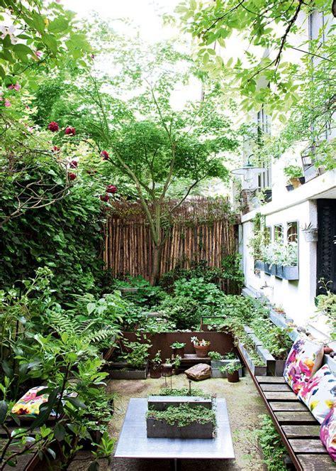 rendre une terrasse étanche rendre une cour chaleureuse en 5 le 231 ons jardin de