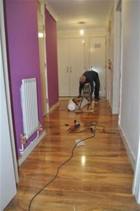 b q kitchen laminate flooring dolce walnut effect laminate flooring 1 19 m 178 pack 4227