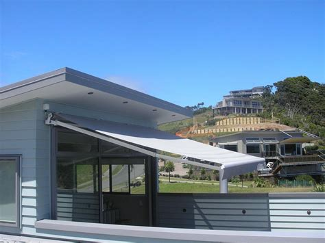 Retractable, Patio & Electric Folding Arm Awnings