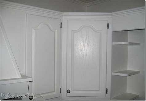 how to paint oak cabinets how to paint oak cabinets my repurposed life