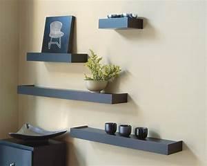 Wohnzimmer Regale Design : wandregal designs welche die ausstattung leicht erscheinen lassen ~ Sanjose-hotels-ca.com Haus und Dekorationen