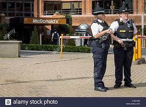 Mcdonalds Fast Food Staff Stock Photos & Mcdonalds Fast ...