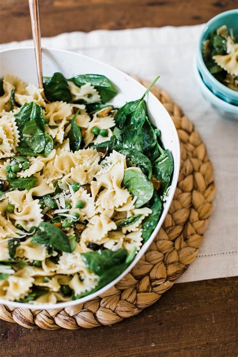 Macaroni salad, penne and fruit salad, pasta and vegetable salad, banana noodle and cucumber salad, curried pasta and bean salad. An Easy Summer Pasta Salad Recipe   M Loves M
