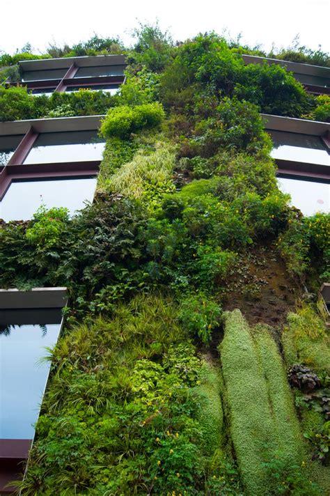 Blanc Vertical Garden by Blanc Vertical Gardens