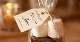 cheap wedding favor ideas cheap wedding favor ideas saving money wedding favors favorideas