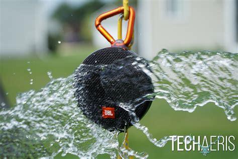 clip 2 portable speaker jbl clip2 review ultra portable premium sound
