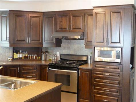 restauration armoires de cuisine en bois armoire de cuisine mélamine transformée table de lit
