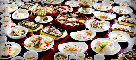 royale cuisine gaya makanan era kerajaan wisata