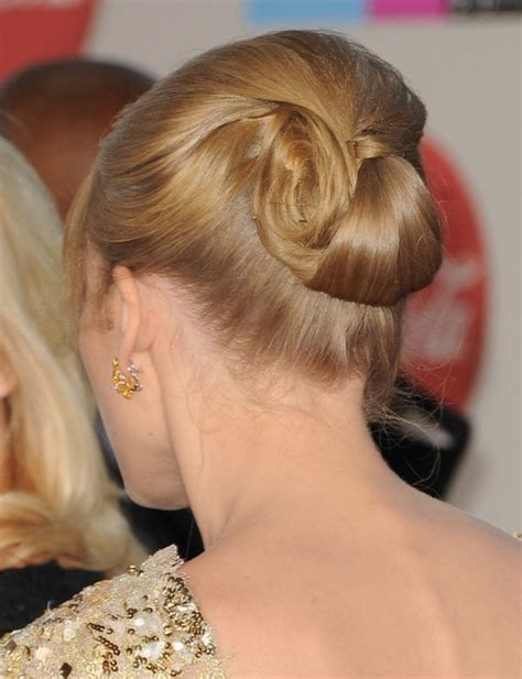 taylor swift updo hairstyles rolled  hairstyle