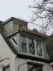 Dachfenster Mit Balkon. dachfenster mit balkon austritt balkon house ...
