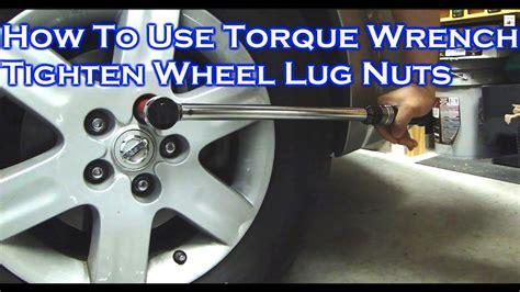 adjust  store  torque wrench tighten car