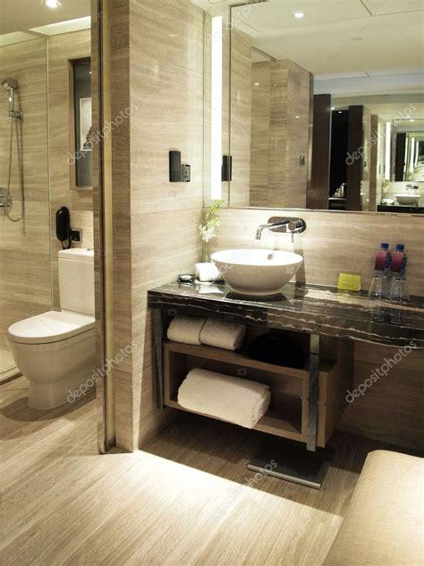 toilet  luxury hotel room stock photo  ivylingpy