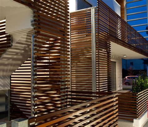 rivestimento in legno per esterni rivestimenti per esterni in pvc e legno