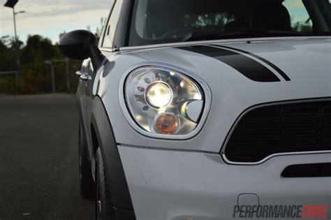 mini countryman cooper  review video