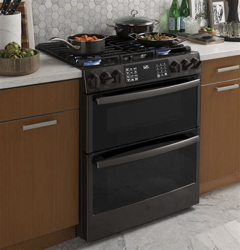 ge profile series pgsbelts    front control gas double oven convection range