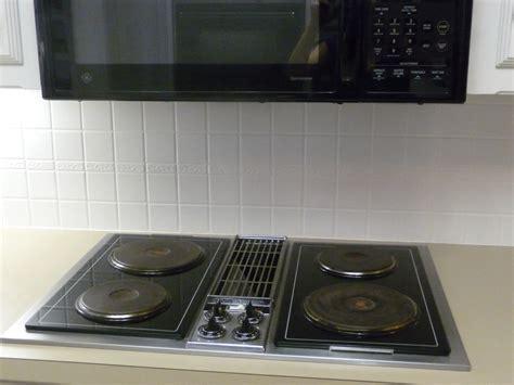 Painting Kitchen Backsplash by Painting A Tile Backsplash Part 2 Hilldalehouse