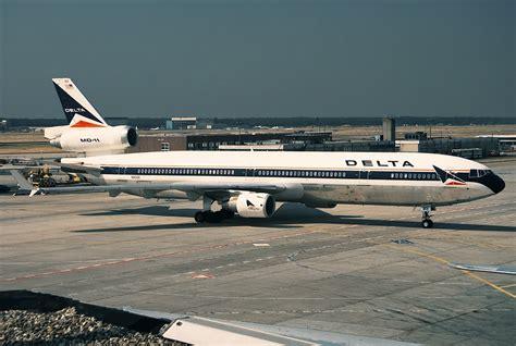 File:McDonnell Douglas MD-11, Delta Air Lines AN0446536 ...