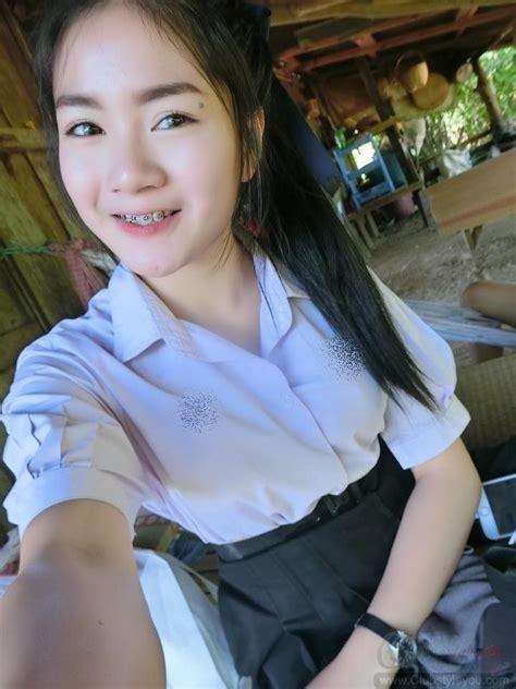 รูปสาวนักเรียนมปลายกับวัยที่เข้ามหาลัยงานดีสุดๆขาวเนียน ...