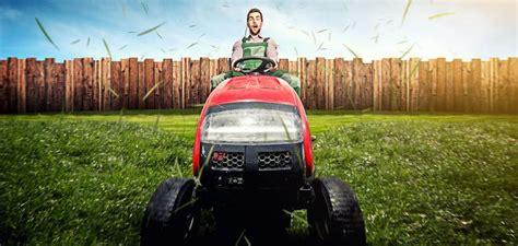 cem zahradni traktor porazi obycejnou sekacku bydlimekvalitnecz