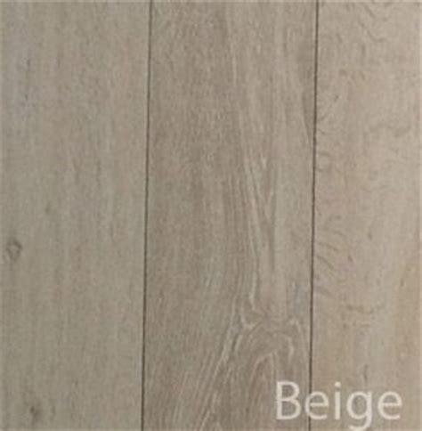 carrelage imitation parquet beige 17 best images about carrelage imitation parquet on fireplace hearth ceramics and