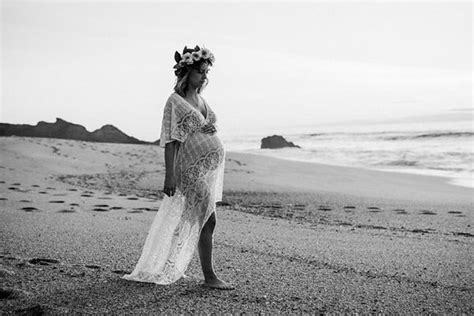 ultimate guide  black white maternity photoshoot