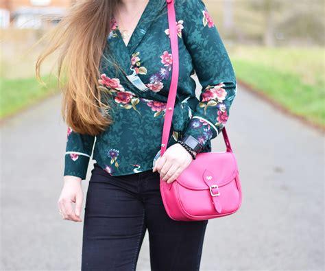 bright pink saddle bag outfit jacquardflower